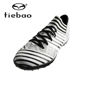 TIEBAO Professional TF Rubber Outsole Football Shoes Turf Soccer Shoes Racing Soccer Boots Botines De Futbol Indoor Football
