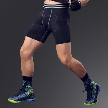 Superelastic Joggers short trousers menfolks European style Athletic Outdoor shorts for men Knee Length 3 color M L XL