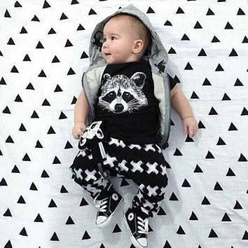 2017 Summer Style Baby Girls Boys Clothing Set Infant Fox Cotton Little Monsters Short Sleeve Baby Uniseex Clothes