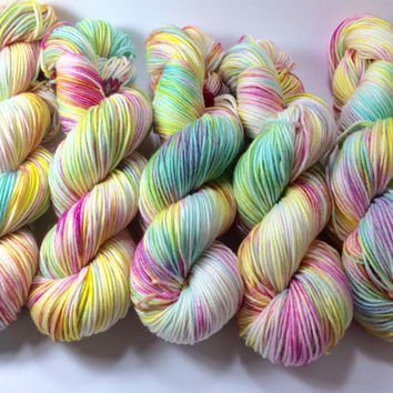 Light Worsted, DK, Superwash Merino, 100 grams, Hand Dyed Yarn, Phil's Tee, double knitting, yarn spring yarn, milticolored