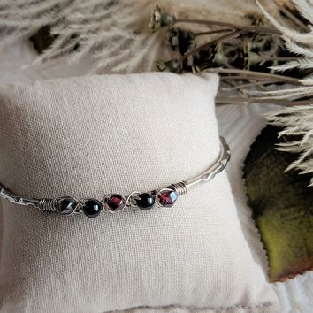 Vintage Taxco Mexico Sterling Silver Garnet Wire Wrapped Bangle Bracelet