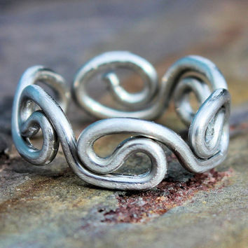 Silver Grecian Toe Ring by 88Links on Etsy