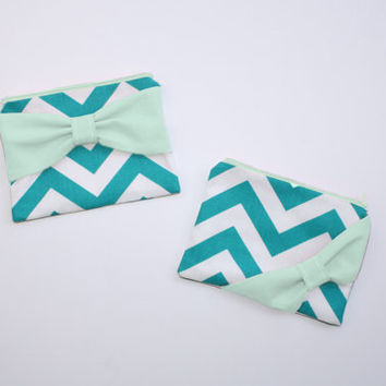 Bridesmaid Gift Set / Bachelorette Favors - Turquoise Chevron Mint Green Bow - Wedding Cosmetic Cases - Choice of Quantity and Style