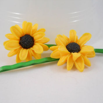 Yellow Daisy Hair Clips Black Eyed Susan Green Hair Pins Spring Hair Accessories Yellow and Black