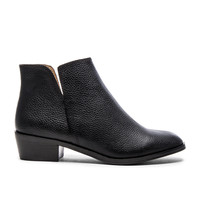 Splendid Hamptyn Bootie in Black