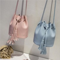 Brand 4 Colors New Arrival  Drawstring Bucket Bag PU 207 Fashion bag Patchwork Women Messenger Bags With Cell Phone Pocket