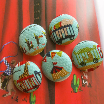 Fabric Buttons, Fridge Magnets, Animal Magnets, Covered Buttons, Circus Buttons, Animal Buttons, Kawaii Buttons, Flat Backs, 1.2 Inches 5's