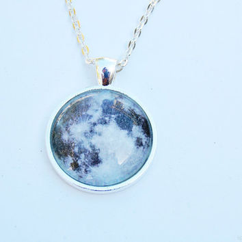 $20.00 Full Moon Necklace by SpaceGrunge on Etsy