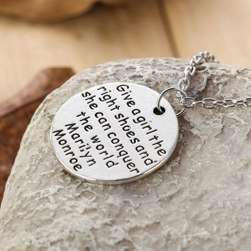 I Love You To The MoonBack Commemorate Festival Valentine's Day Necklace Fashion Jewelry for Lover's Gift  SN9