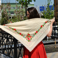 Big shawl Vintage ukrainian shawl Russian shawl Wool floral scarf White shawl Made in USSR White shawl With flowers Shawl in flowered, Shawl