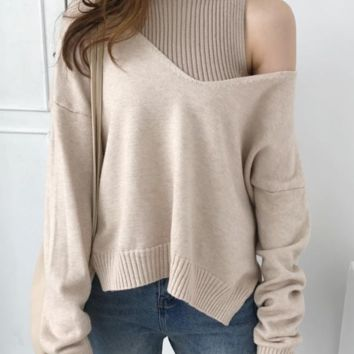 New women's two-piece turtleneck with long sleeves