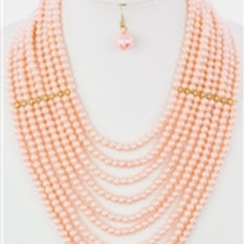 Glamour Pearls Layered Necklace