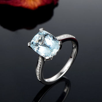 3.15ctw Cushion Aquamarine Engagement ring,VS Diamond wedding band,14K Gold,Gemstone Promise Ring,Bridal Ring,IF Blue Aquamarine,Fashion