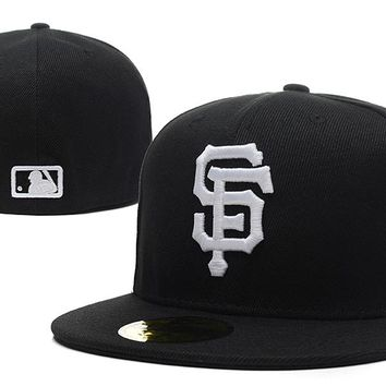 San Francisco Giants New Era MLB Authentic Collection 59FIFTY Cap Black-White