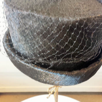Vintage Top hat wiith veil, 60s, union made
