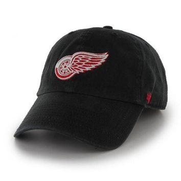 ONETOW NHL Detroit Red Wings Men's Black Franchise Hat