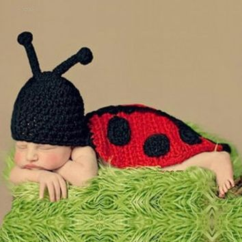 Newborn Photography Props Beetle Pattern Infant Baby Girls Boys Crochet Knitted Hat Costumes Winter Soft Baby Clothes