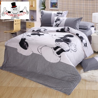 Mickey Mouse Kissing Minnie Bedding Set and Quilt Cover