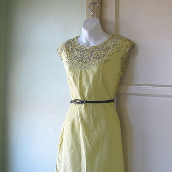 Sweet Late '60s-early '70s Vintage Cutwork Bodice Yellow Linen Dress - Sweet Yellow Mexican Wedding Dress - Small-Med Lacy Knee-Length Dress