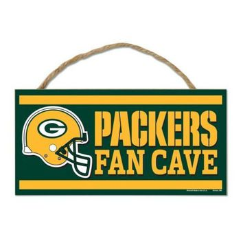 ESBON NFL Green Bay Packers Fan Cave Wood Sign with Rope