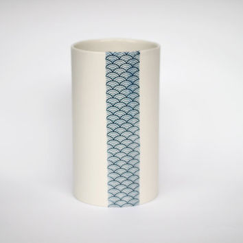 porcelain vase japanese blue print by urbancartel on Etsy