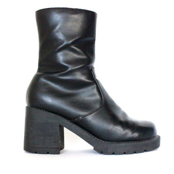 hella 90s.........Black faux leather Chunky Heel Platform GRUNGE Goth cyber Combat Boots  6