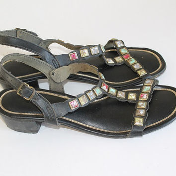 Vintage 1960s t-strap jewel sandals faux leather elegant bohemian gladiator shoes size 8