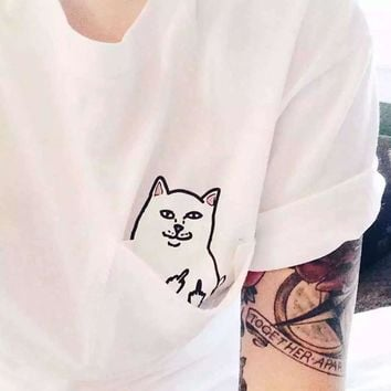 Alien Middle Finger Cat Pocket T Shirt Women Vegan Feminist Bts Kpop Friends Vogue Vintage Harajuku Tee Top Femme Plus Size