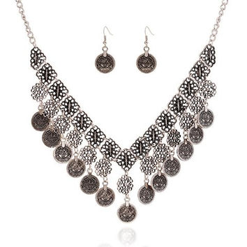 A Suit of  Flower Carving Coin Tassel Necklace and Earrings