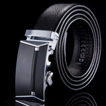 Incredibly Stylish Mens Leather Belt with Automatic Buckle
