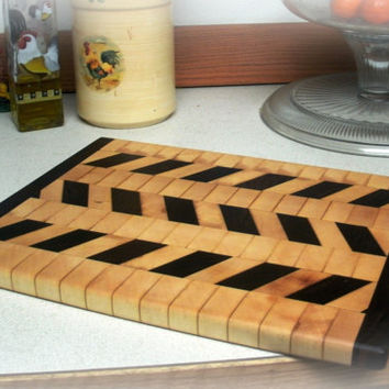 "Cutting Board End Grain - Hardwood Maple and Walnut Diagonal Pattern 14"" x 11"" x 7/8"""