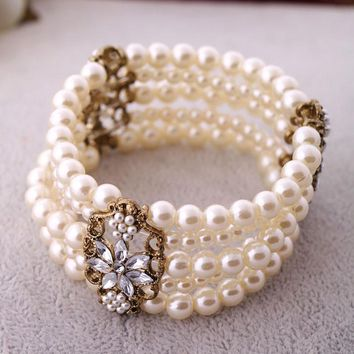 Crystal Antique Gold Hollow Pendant Bracelet Multi-layer Simulated Pearl Strands Bracelet For Women Accessories
