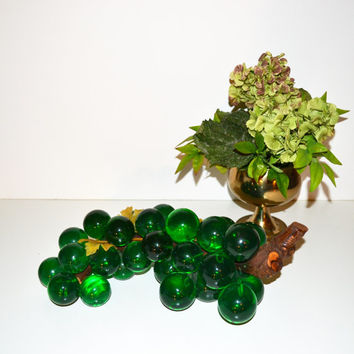 Vintage Mid Century Modern Lucite Grapes Acrylic Green Grapes Retro LARGE Red Grape Cluster on Driftwood Centerpiece