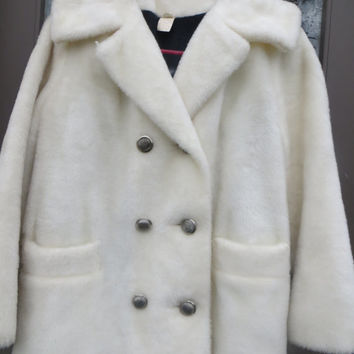 FAB  new vintage 1960-   1970 white faux fur      jacket double breasted styled in CALIF  size 10  cow print lining