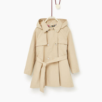HOODED TRENCH COAT DETAILS