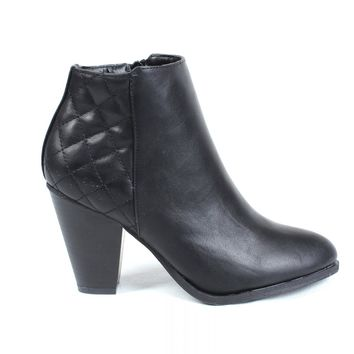 Quilted Ankle Boots Black