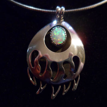Authentic Navajo,Native American,Southwestern sterling silver bear paw claw shadow box opal pendant/necklace.