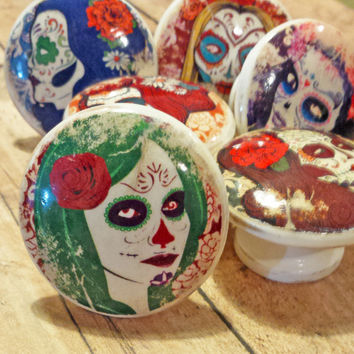 6 Lady Sugar Skulls Knob Drawer Pulls, Birch Wood, Handmade Distressed Day of The Dead Cabinet Pull Handles, Dresser Knobs, Made to Order