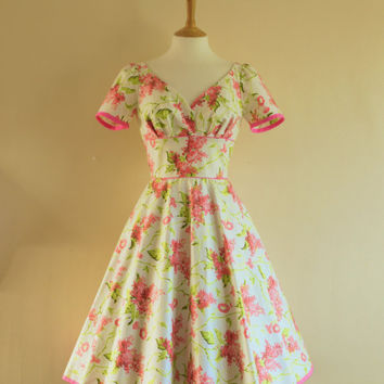 Sale Price  Pink and White Floral Tea Dress  size by digforvictory