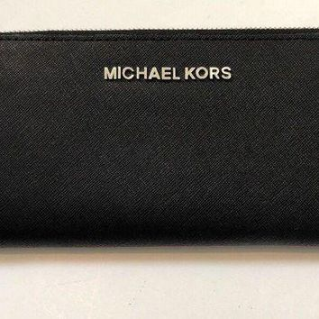 DCCKB7E MICHAEL KORS Saffiano Leather Continental Wallet (Black w/ Silver Hardware)