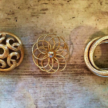 Gold Brooches, Wedding Brooch Bouquet Supplies, Vintage Jewelry, Scatter-pins, Mothers Gift, Set Lot of 3