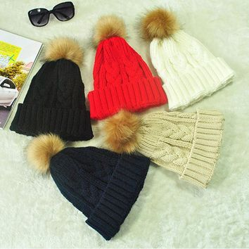 Fashion Women Knitted Hat Plush Ball Cute Faux Fox Fur Beanies Autumn Winte Keep Warm Lady Casual Crochet Cap H9