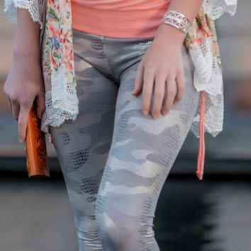 Silver Camo-Look Graphic Leggings