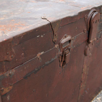 Antique Metal Wrapped Wood Trunk Brass Trim, Wood Storage Chest, Steamer Trunk, Foot Locker, Industrial Table Rustic Dorm
