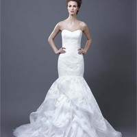A-line strapless v-neck court trian lace 2013 Wedding Dresses EWD079