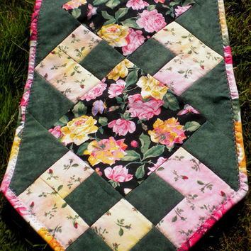 "Quilted Table Runner, pink and yellow roses, floral runner, roses table runner 13"" x 40"""