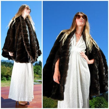 Vintage 1950's Faux Fur Poncho Cape Chocolate Dark Brown Black Shawl Wrap 50's Mink Coat Warm Winter Elegant Glam Mad Men Marilyn Monroe