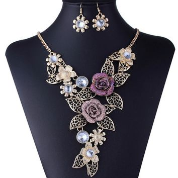 Jwelry exaggerated retro personality necklace alloy hollow flower-type
