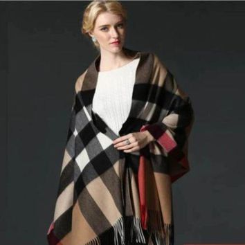 ESB9N BURBERRY SCARF LARGE PONCHO NEW WITH TAG CASHMERE AUTHENTIC