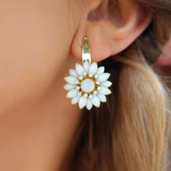 Fresh Picked Earrings: Ivory/Gold